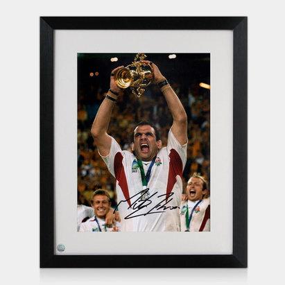 -- Photo encadrée de Martin Johnson avec signature du joueur Anglais coupe du monde 2003
