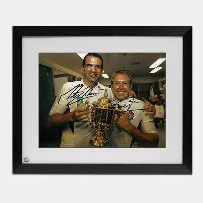 -- Photo encadrée de la Coupe du monde de rugby de 2003 avec la signature de Jonny Wilkinson et Martin Johnson