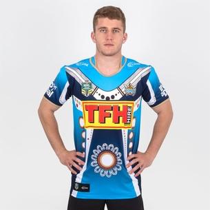 Classic Sportswear Gold Coast Titans 2018 NRL - Tshirt de Rugby Indigenous
