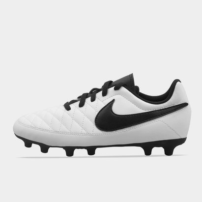 Nike Majestry, crampons de Football terrain dur pour enfant